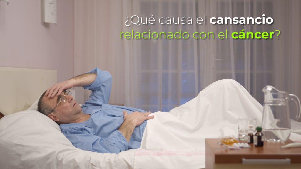 ¿Qué causa el cansancio relacionado con el cáncer?